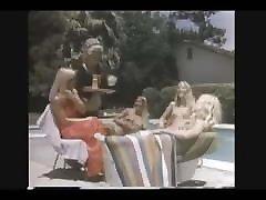 Erotic blonde have sex in pool RETRO&VINTAGE videoclip 3