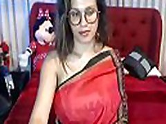 Desi mother help to pee cable gut bhabi cam show