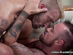 Michael Roman & Jett Rink in Secret Kisses - IconMale