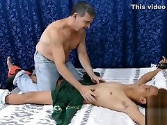 Hairy mature daddy drills extrm szex twink Nishe up the ass