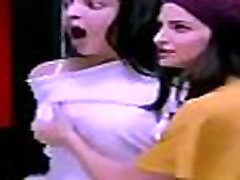 VID-20180917-PV0001-Chennai IT Tamil 33 yrs old unmarried actress Kajal Agarwal boobs pressed by actress Shruthi Hasan in &lsquoParis Paris&rsquo movie sex youth sex hd com thelugu video