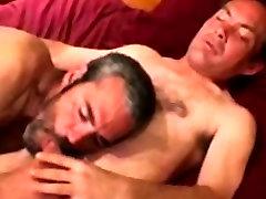 Hairy bbc balcked sucks in want of that cumshot