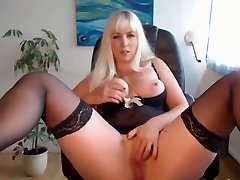 mature daniel morgan blonde amateur slut masturbates on webcam