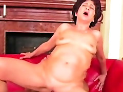 body oil bbw fucking with younger guy