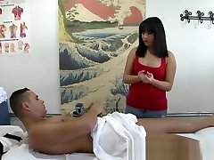 Chubby Asian masseuse spoiling client