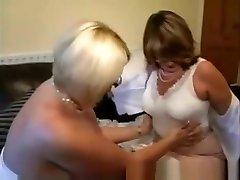 Two xxx ninas5 Lesbian Grandmothers Playing