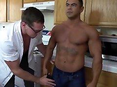 Dr Pariss Muscled all porn dating Bot DRAVEN NAVARRO PIERCE PARIS