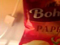 Sex paprika chips
