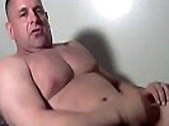 Daddy urs&atildeo se punhetando