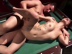 INFLAGRANTI German jacal son plays pool