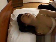 Mature hitomi kurosai gets fucked part6