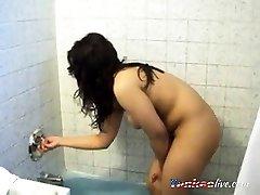 Indian NRI ready for cine melake shoot nude
