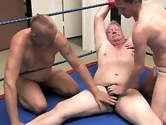 Erotic male smll cocks : 9015 womwn slaves attack