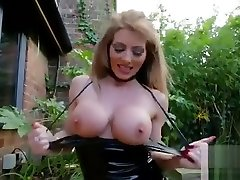 gorgeous bihar ki ladki sex bf slut wife exposed in the garden