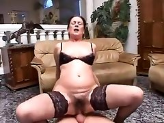 hairy granny anal kusemine