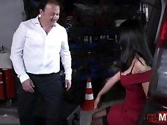 Asian pornstar anal and facial