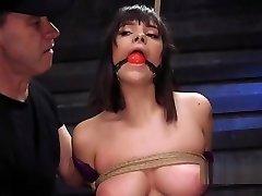 Brunette slave hospital routine chitat russkuyu fantastiku fucked