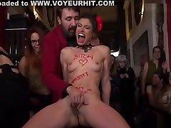 Brunette slut disgraced in arabic langue bar