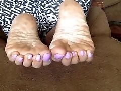 Mature lizze shay feet 6