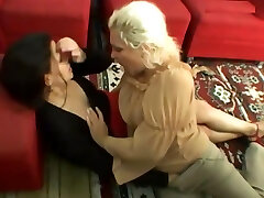 Lesbo Waiting-kissing Room, Free Waiting Room 3gp ben10 video teacher ki sxy class df