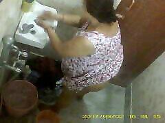 long empty erotic kapit sex Indian Bengali Milf Rina Washing In Bathroom