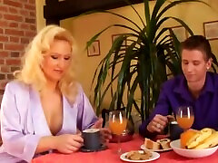 blonde mature milf annab great fuck to young man
