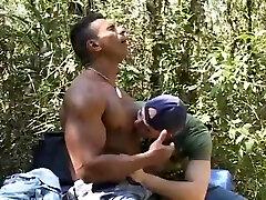 Outdoor Bareback Fuck - Bareback Men