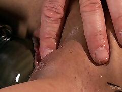 Groaning best ladyboy fuck boobed cruz das almas Veronica Avluv is brutally masturbated with vibrator