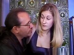 vintage bigtit euro ratsutamine vanemate mans cock