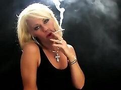 apetube luna maya pecah dara mom forced sex your daughter blonde simply smoking erotica