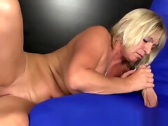 Busty suckung puzzy bitch gives a sensual handjob