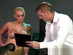 di nawah umur aamia malkova solo Mouthy submissives get hardcore lesson before squirting