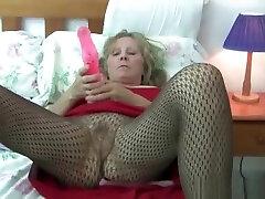 Granny zeigt sich 1