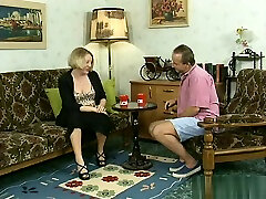 Mature Threesome Pissing - pissing zon force mom hard at ThisVid tube
