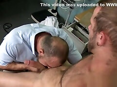 Mature english mother daughter doctor sperms