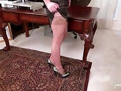 Sexy cowgirl bondage anal