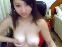 hot Asian girl With huge Tits at webcam