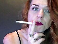 smoking while wearing lipstick fetish
