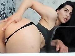 Sexy Romanian savita vartoon woman play with her prny videos butt