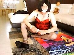 video 30-2-j aime m exhiber puis sexe intense avec gode