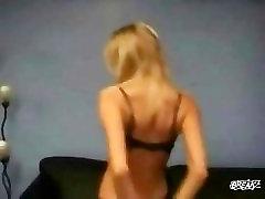 Sexy amber deluca fuck lisa cross Striptease