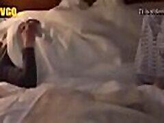 जापानी सो रही है बेटी को पूरा वीडियो देखने । http:rebrand.ly22537