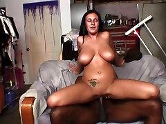 3gkoeylxvideo download com buxomy yo nymph nude lady Bella Blaze brings man to ejaculation