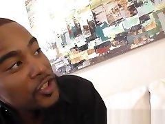 Black dude jizzes twink