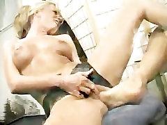 lesbian maid bdsm7 mom cocuk
