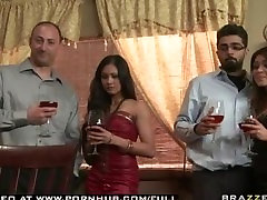 cusco espinar TIT MILF BRUNETTE WIFE PORNSTAR LISA ANN SPICES UP HER RELATI