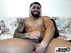 Arab man jerk on cam