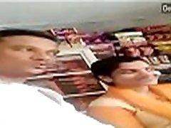 Desi bhabhi ko dukan me bula ke choda big boobs jean clothes wife affair with shop keeper and kissing in shop Best oral sex video