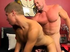 Franc gay sexs Muscled hunks like Casey Williams love to