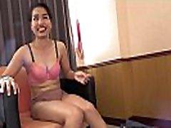 japonų žmogus užpildo skylė young asian girl